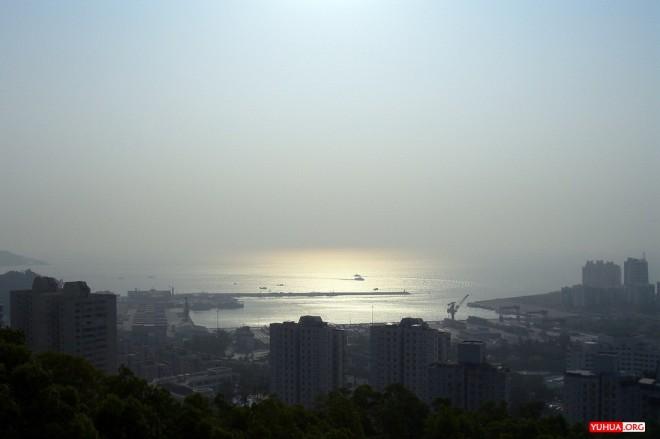 珠海石花山顶俯瞰九洲港 / 2006-11-12 09:44