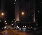 港岛主干道 - 遮打道,靠近皇后大道中 / 2005-05-15 22:43