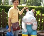 老娘要对河马弟弟耳提面命,摄于海洋公园 / 2006-11-09 11:53