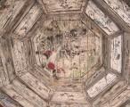 戏台顶褪了色的藻井,仍依稀可见当时的精致绘画 / 2011-01-11 12:36