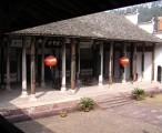 宗祠正堂,摄于厢房 / 2008-01-11 13:20